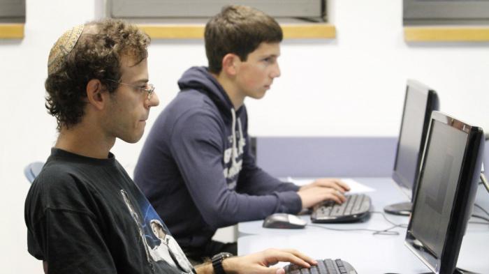 mellékletek nélküli munkahelyek az interneten